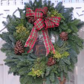 FRESH WREATH WITH PINE CONES