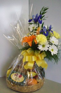 Fruit And Flower Basket Flower/Fruit/Gourmet Gift Basket in Fulton, NY | DeVine Designs By Gail