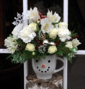 Frosty's Winter mug arrangement