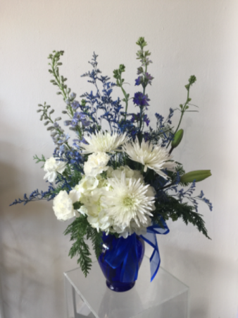 Frozen Star Vase Arrangement