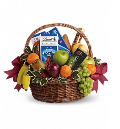 Fruit and chocolate gift basket Gift basket