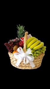 Fruit and Moonstruck Chocolate Basket - wh