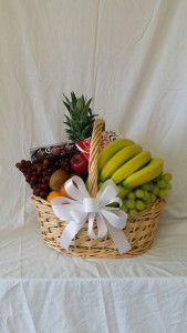 Fruit Basket with Moonstruck Chocolates 24hr Notice Needed