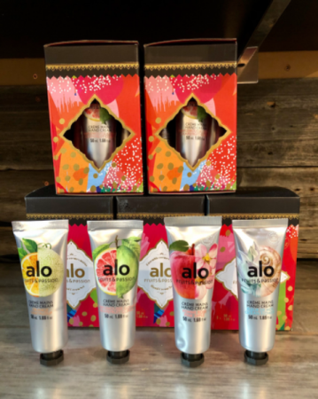Fruits & Passion set of 4 mini hand moisturizers Hand Cream Gift Set