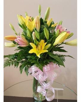 FS Stargazing Lilies Bouquet