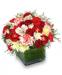 FROM THE HEART Holiday Bouquet