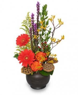 PEACEFUL EASY FEELING Floral Arrangement in Brenham, TX | BRENHAM FLORAL COMPANY