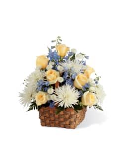 FTD Heavenly Scented Bouquet Basket Arrangement
