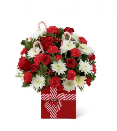 FTD Holiday Cheer Christmas Arrangement