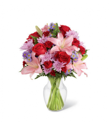 FTD Irresistible Love Vase Arrangement