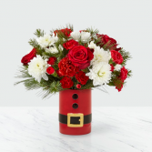 FTD Let's Be Jolly 19-C1 CHRISTMAS Arrangement