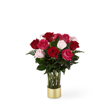FTD Love & Roses Bouquet