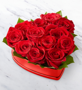 FTD Lovely Red Rose Hart Box