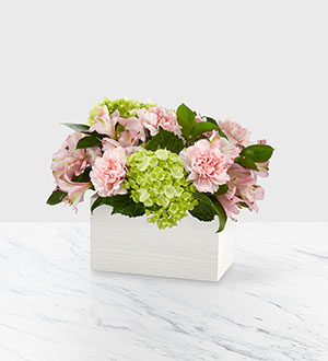 Ftd Sweet Charm - 19 Arrangement