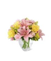 FTD Sweet Effects  Vase Arrangement