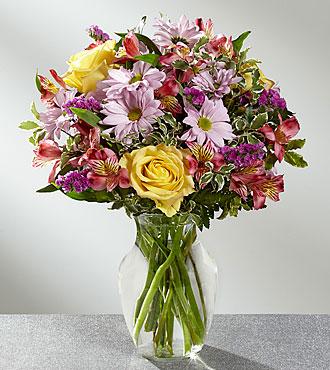 True Charm - 449 Vase arrangement