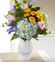 FTD Welcome Bouquet Fresh Arrangement