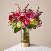 FTD You and Me Luxury Bouquet 21-V5