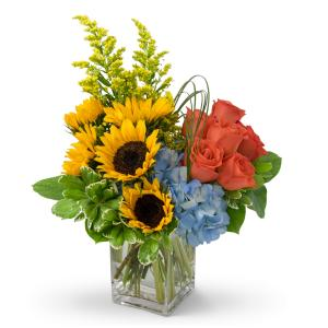 Fun in the Sun Arrangement in Spring, TX | TOWNE FLOWERS