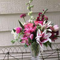 Fun with Flowers vase arrangemant