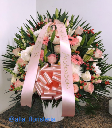 FUNERAL BASKET ROSE 002 Floral Design