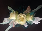 funky spray rose  Corsage