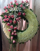 FW 2 LARGE WREATH W/PINK ROSE CLUSTER