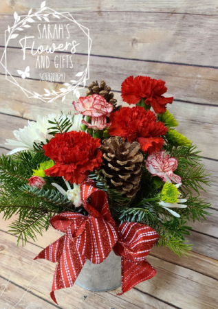 Galvanized Christmas Pot with Holiday Style