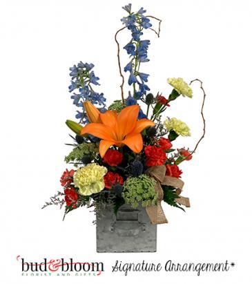 *SOLD OUT* Galvanized Garden Bouquet Bud & Bloom Signature Arrangement