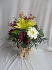 Garden Accents Fresh Vased Arrangement