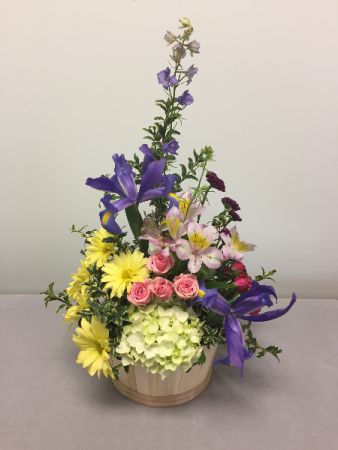 Garden Basket Fresh Arrangement