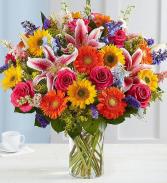 GARDEN BEAUTY Vase Arrangement
