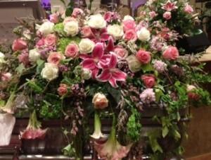 Garden Expressions Casket Spray in Spring, TX | TOWNE FLOWERS
