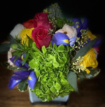 GARDEN FLORAL ELEGANT AND MIXTURE FLOWERS