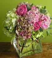 GARDEN FLOWERS ELEGANT MIXTURE OF FLOWERS