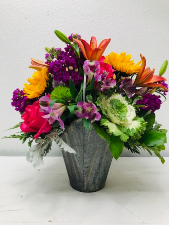 Garden Fresh Bouquet Container Arrangement