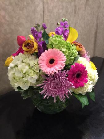 Garden Gifts Round Bowl Arrangement