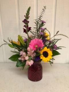 Garden Kiss Fresh Vase Arrangement