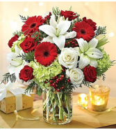 Garden of Grandeur™ Holiday 14 Arrangement