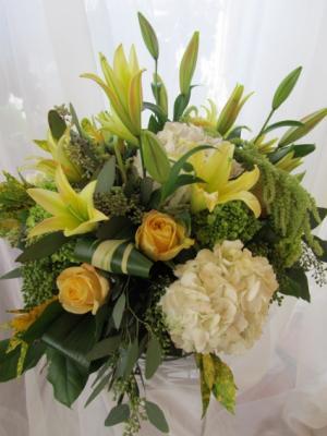 GARDEN OF SUNSHINE Vase Arrangement in Woodbridge, ON | PRIMAVERA FLOWERS & MORE