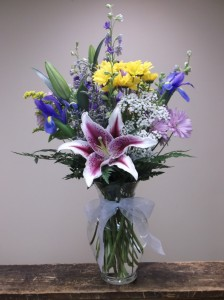 GARDEN DELIGHT VASE ARRANGEMENT in Springfield, VT | WOODBURY FLORIST