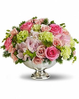 Garden Rhapsody Centrepiece All-Around Floral Arrangement in Winnipeg, MB | KINGS FLORIST LTD