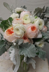 Garden Roses and Rannunculus Custom