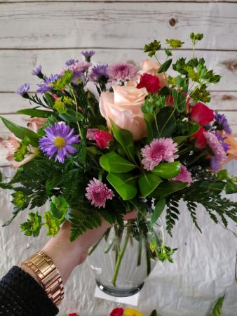 Garden Style vase arrangement