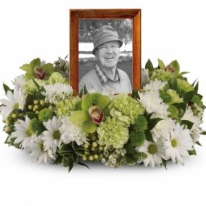 Garden Wreath  in Arlington, TX | Pantego Florist & Gifts