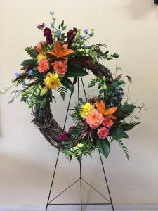 Garden Wreath Custom Fitzgerald Flowers in La Grande, OR | FITZGERALD FLOWERS