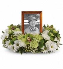 Garden Wreath Memorial Urn Surround