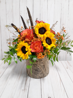 Gardener In Love Country  in Miami, FL | Greensical Flowers Gifts & Decor