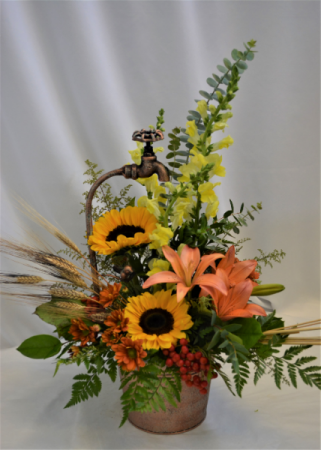 GARDENERS FALL HARVEST FRESH FLOWER ARRANGEMENT