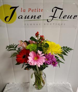 HOSPITAL DELIVERY PLEASE READ in Red Deer, AB | LA PETITE JAUNE FLEUR